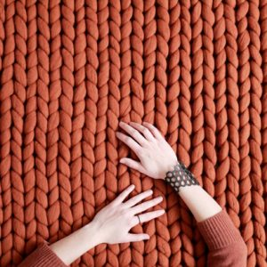 wool-rug-chunky-knit-merino-cozy-carpet--panapufa-luxurious-interio-desing-trends