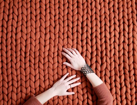 terra-wool-rug-chunky-knit-merino-cozy-carpet--panapufa-luxurious-interior-desing-trends