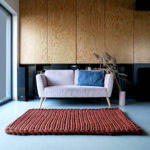 wool-rug-chunky-knit-merino-cozy-carpet-panapufa-color-trends-2021-burnt-orange-cinammon