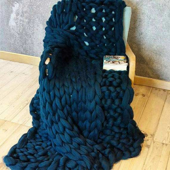 PANAPUFA cable knit blanket