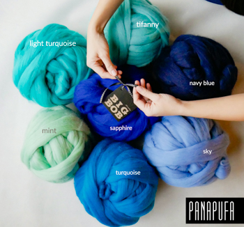 super-giant-chunky-merino-yarn-roving-in-blueish-colors