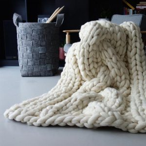 PANAPUFA paris knit blanket