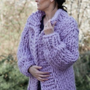 chunky-knit-alpaca-merino-wool-handmade-ultra-violet-lilac--sweater-cardigan-in-pastel-color-lilac-violet