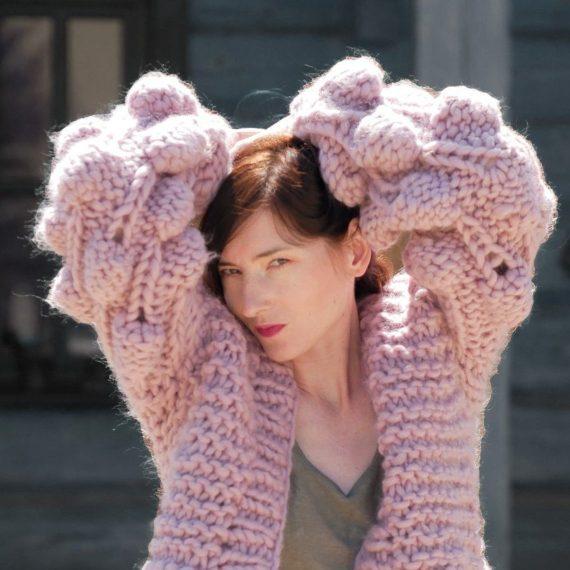 chunky-knit-oversize-sweater-aplaca-raspberry-cardigan-dusty-pink