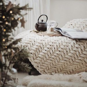 scandinavian-chunky-knit-blanket-merino-throw-herringbone-interior-design-trends