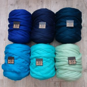 super-chunky-merino-yarn-wholesale-extreme-arm-knitting-DIY