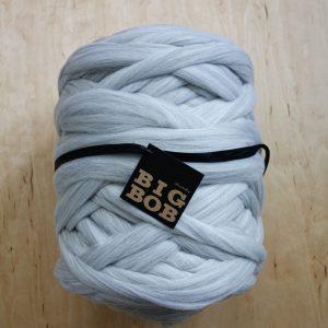 super-chunky-merino-yarn-extreme-arm-knitting-DIY-light-grey-melange--color