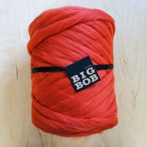 red-chunky-merino-yarn-extreme-arm-knitting-DIY-red-color