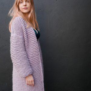 długi-rozpinany-sweater-kardigan-na-drutach-płaszcz -z-grubej-wełny-alpaki