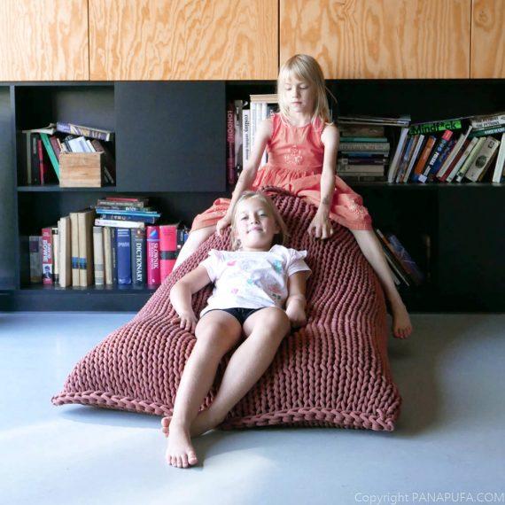 chunky-knit-cotton-pouf-ottoman-vegan-bean-bag-pouffe-interior-design-COLOR-TRENDS-2021-kids-pouffe
